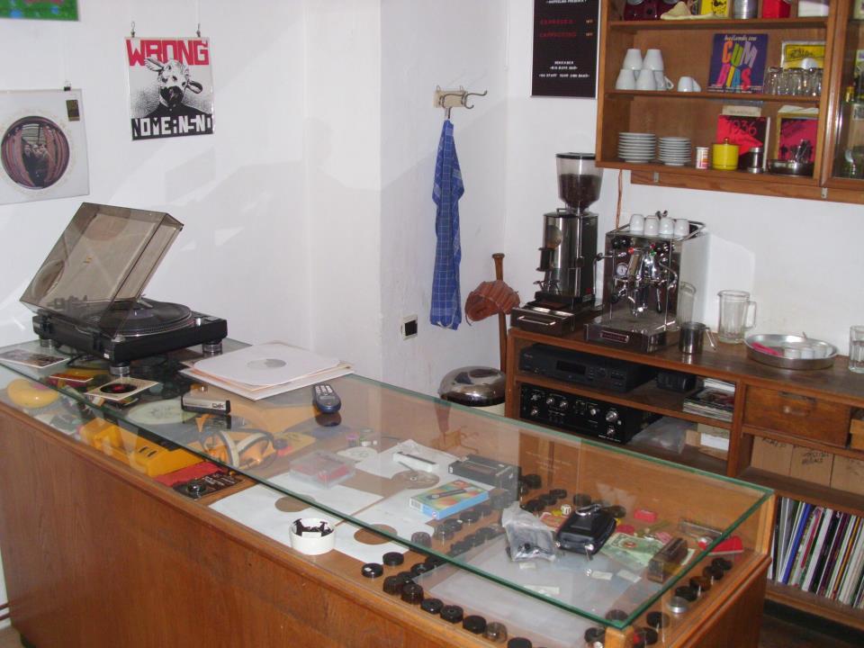 Gutfeeling Recordstore - Our Schallplattenladen